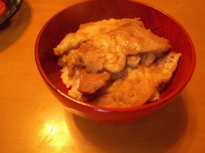 8.11生姜焼き丼