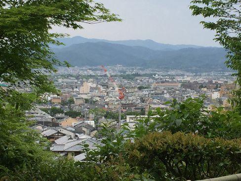 野仏庵から京都市街_H28.05.03撮影