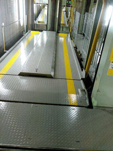 立体駐車場6