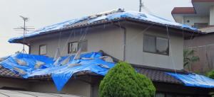 P5132213 屋根修理前