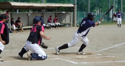 P5152268 熊本酸素1回裏1死一、二塁から4番が左中間二塁打を放ち1点先制
