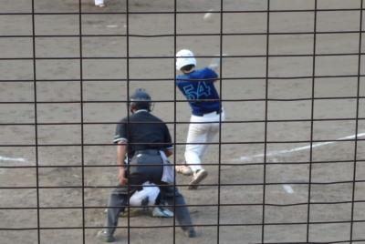 P81835364回裏炭焼きよた1死三塁から2番がダメ押しとなる右越え三塁打を放つ
