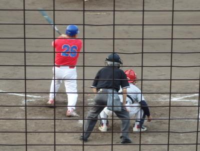 P81936004回表上下水道局2死一、二塁から8番代打が一塁線上内野安打で1点加え、2対1と逆転