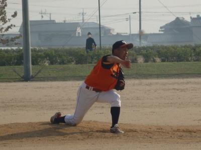 PB0646374回表2死満塁から登板エポック岡村投手