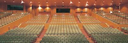 420px佐賀市文化会館2
