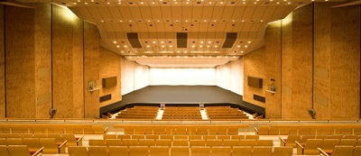 400px2_金沢歌劇座