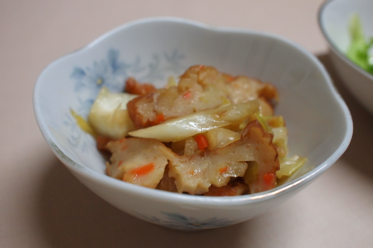 キャベツとホタテ蒲鉾の炒め煮