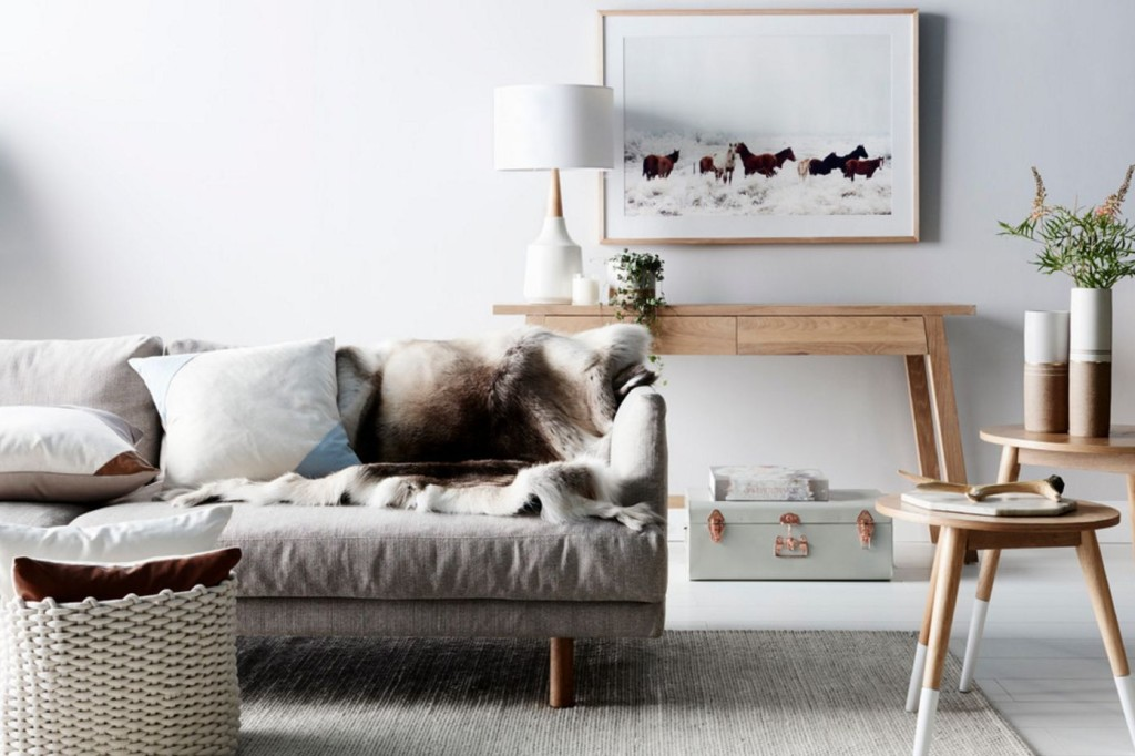 scandinavian-interior-fur.jpg