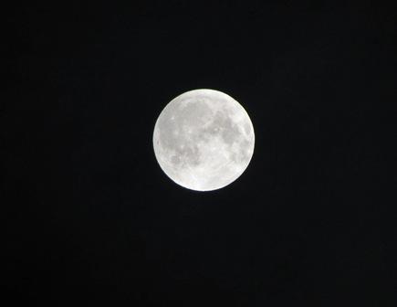 これは今日の月