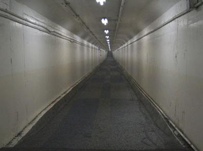 衣浦トンネル 自転車歩行者通路