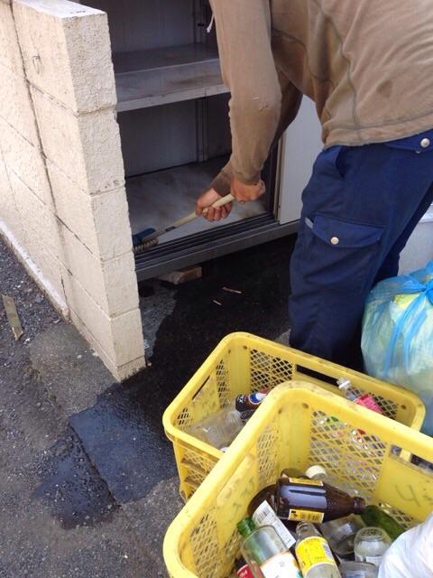 ゴミ箱水洗い