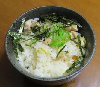 タケノコご飯と山椒の若葉