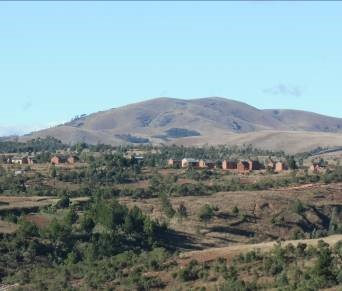 マダガスカルの高原の山3
