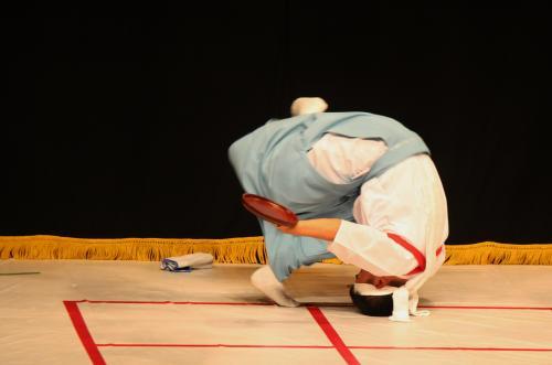 溝口神楽団 折敷舞9
