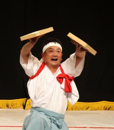 溝口神楽団 折敷舞12