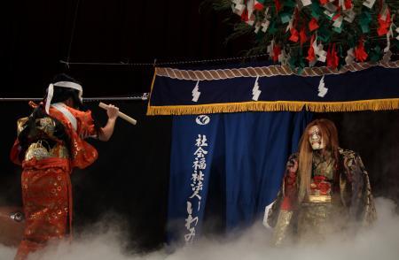 後野神楽社中 鏡山17