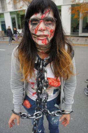 zombiwalk08