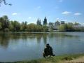『白鳥の湖』の舞台、ノヴォデーヴィッチ修道院の池