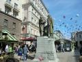 モスクワ芸術座の創始者-スタニスラフスキー(右)とダンチェンコ像