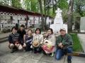 スタニスラフスキーの墓前にて(TCL大阪関係者)