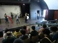 大学の舞台で授業見学