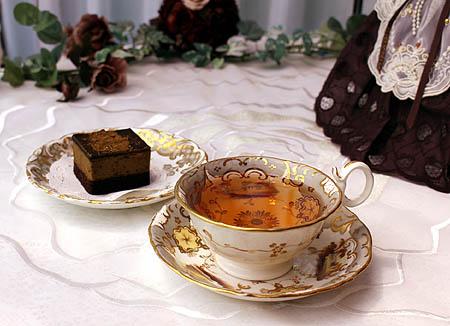 ウバ・ほうじ茶チョコレ-トケ-キ