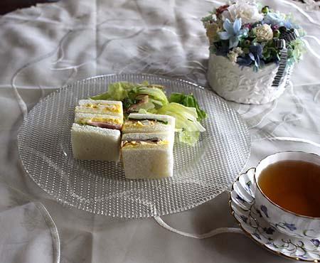 サンドイッチ&ディンブラ