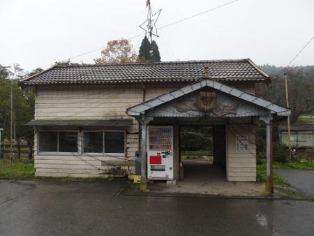 月崎駅 駅舎
