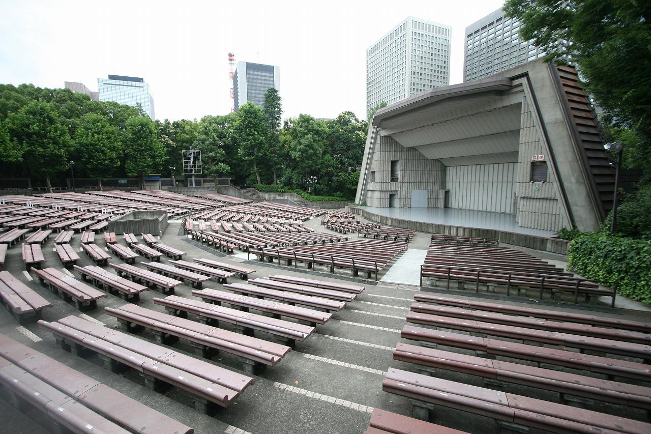 stage-left.jpg