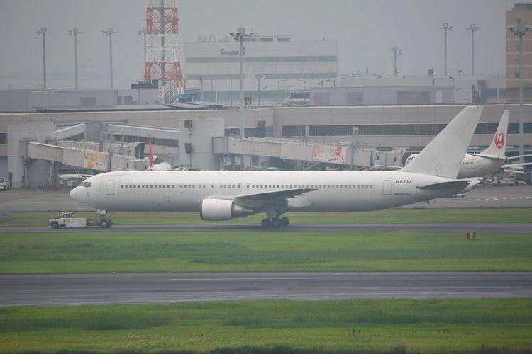1606羽田空港③ (270)FC2