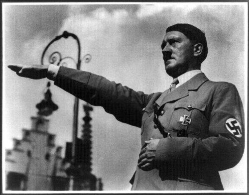 アドルフ・ヒトラー Hitler