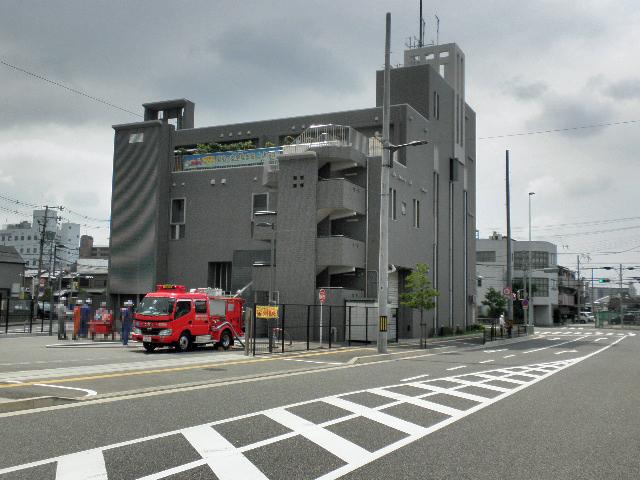 豊中市消防本部南消防署 放水訓練 (1)