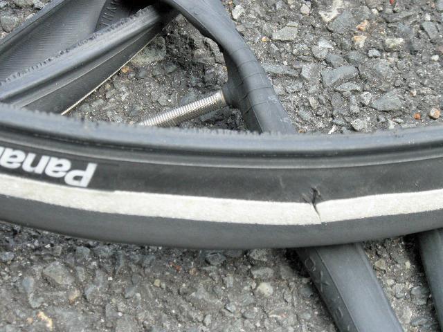 自転車最大パンク (1)