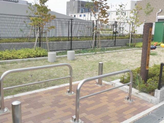 服部寿町3丁目第1公園 (3)