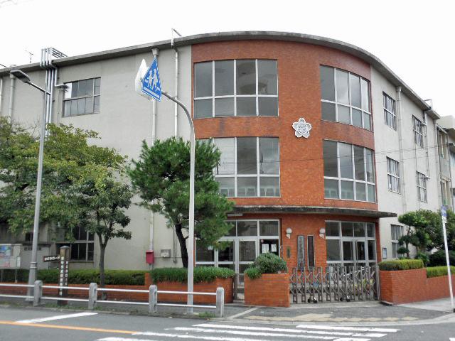 16南桜塚小学校