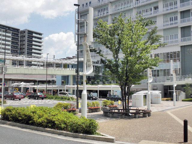 南千里駅1610 (2)