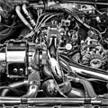 車のエンジン内部