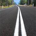 長い道路と区画線