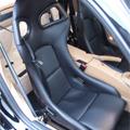 車内に設置してあるバケットシート2