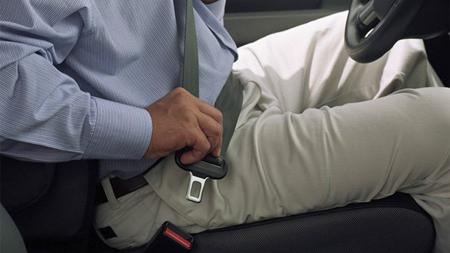 シートベルトの装着