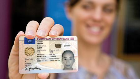 免許と女性
