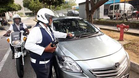 駐車違反の取り締まり