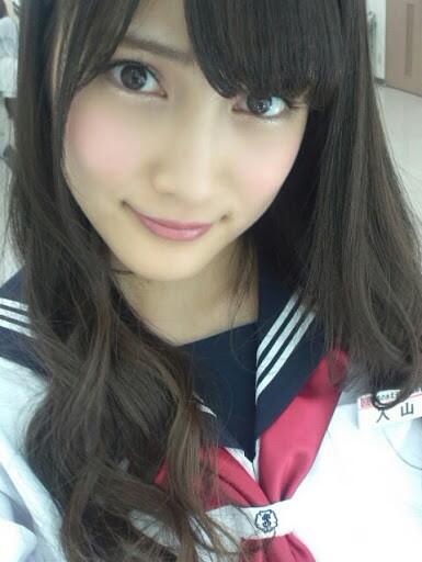 【AKB48】入山杏奈、胸の谷間があらわになったビキニ姿がセクシーすぎてファン大興奮!「これはエロい」3