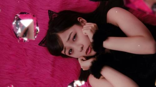 """橋本環奈が猫耳&ショートパンツでセクシーな""""黒猫""""に メンソレータムのウェブ限定CMで3"""