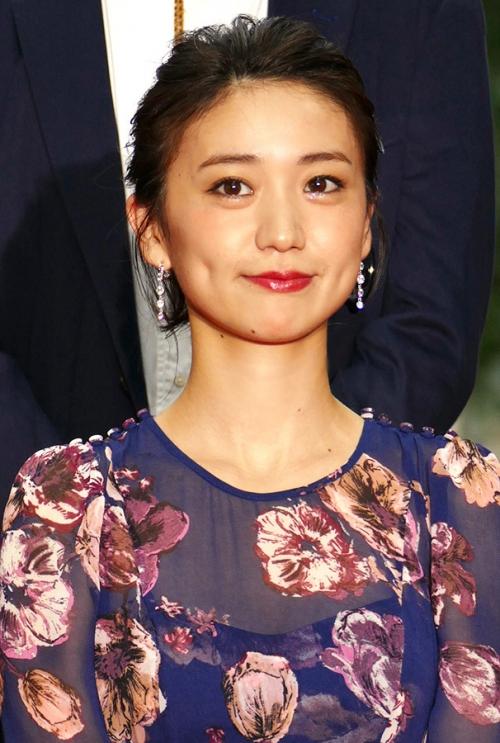 【画像】大島優子、スケスケドレス姿がキャバ嬢にしか見えない3