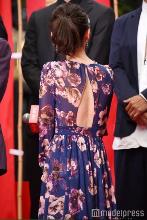 【画像】大島優子、スケスケドレス姿がキャバ嬢にしか見えない6