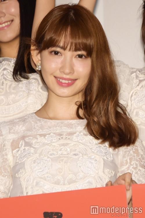 【AKB48】小嶋陽菜、美腹筋&くびれ際立つビキニショット披露するも、画像修正か?テレビで下腹ぽっこり姿を流されるwww4