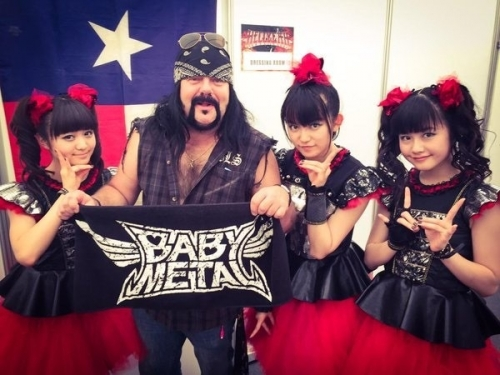 【BABYMETAL】YUIMETAL「ヘヴィ・メタルの音楽やメタル・バンドの見た目が怖かった」6