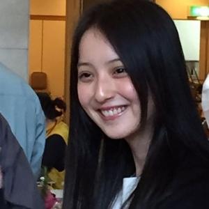 佐々木希が被災地でボランティア活動 美人すぎて熊本県民が大興奮「いい匂いだったわ」