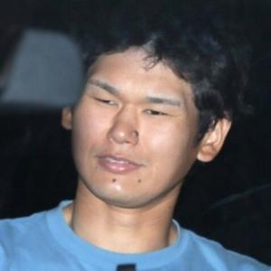 岩埼友宏容疑者 1月「♪」敵意なし→4月「死ねばいい」